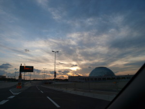 南港の夕空