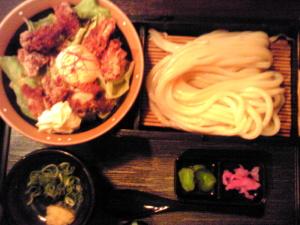 スパイシー鶏唐丼&うどん