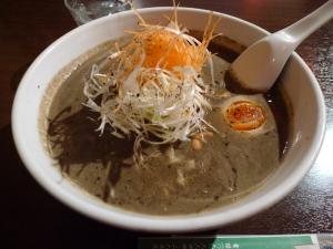 黒胡麻坦々麺「極」@亀仙人