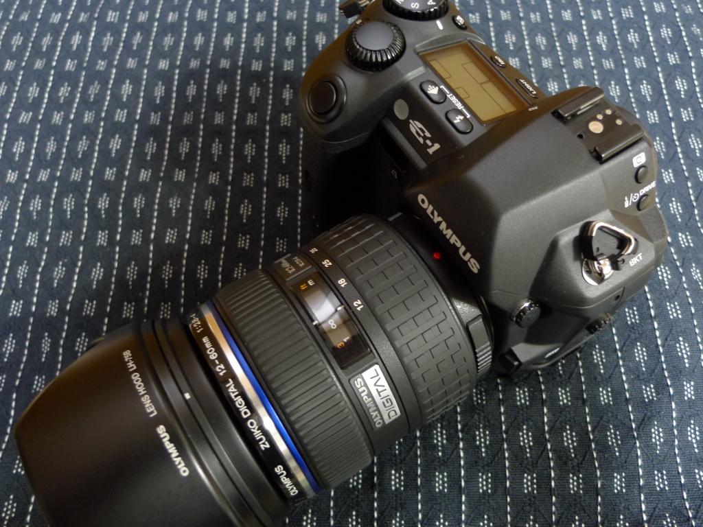 E-1+ZD 12-60mm F2.8-4.0 SWD